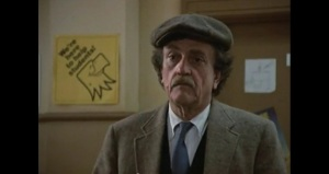 Kurt Vonnegut makes a cameo appearance as himself during a recent campus showing of Back to School.