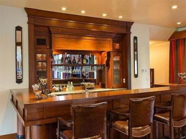Shown is Ishikawa's saloon-style bar, supposed scene of the crime.
